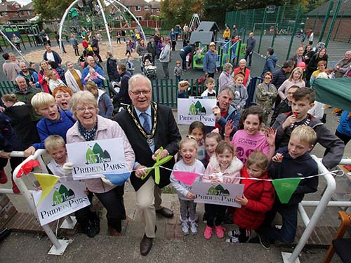 The Mayor and Mayoress join the children of Beeston Rylands in re-opening Leyton Crescent Play Area